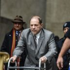 Weinstein en déambulateur